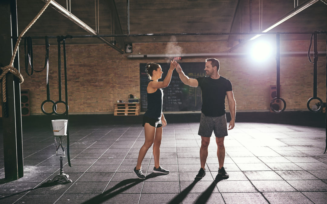 CrossFit-Coach-Intern-High-Five-1080x675